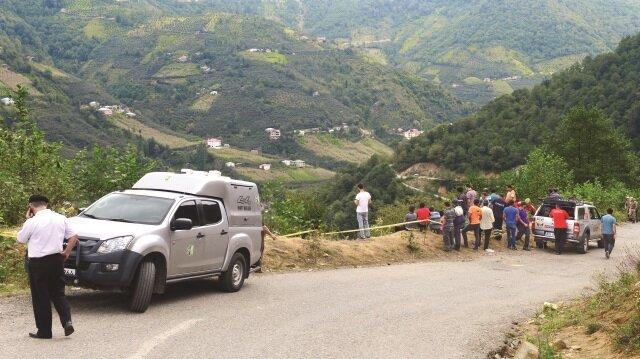 Espiye'de yayladan dönenleri taşıyan minibüs dere yatağına yuvarlandı. Feci kazada 3'ü çocuk, 5 kişi öldü, 16 kişi de yaralandı