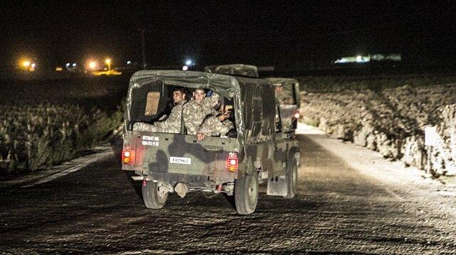 الجيش التركي يرسل قوات خاصة إلى الحدود مع سوريا