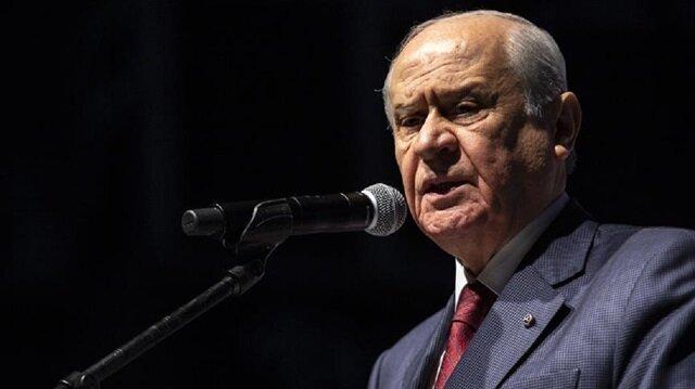 """زعيم الحركة القومية التركي يتهم الأسد بتدبير هجوم """"ريحانلي"""""""