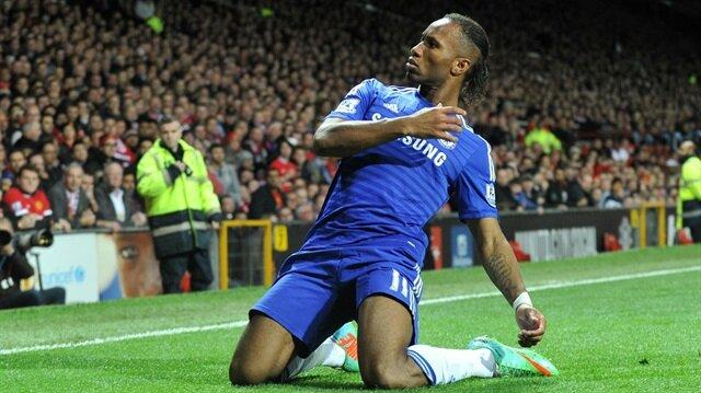 Drogba, Chelsea formasıyla çıktığı 381 maçta 164 gol kaydederken 86 da asist yaptı.