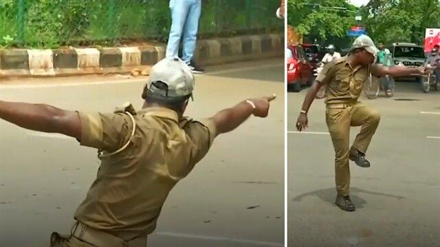 Trafiği dans şovuyla yönlendiren polis