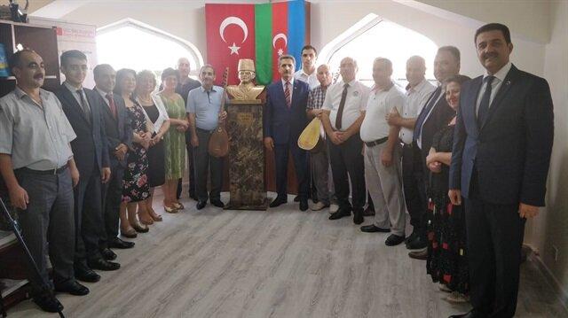 Kafkas İslam Ordusu Komutanı Nuri Killigil Paşa'nın büstü, Azeri bürokrat ve akademisyenlerin katıldığı etkinlikte açıldı.
