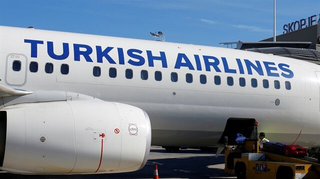 A Turkish airlines airplane