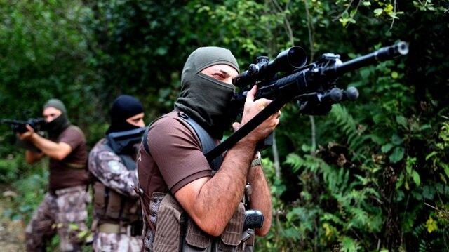 Özel Harekat Şube Müdürlüğü timleri de sıcak bölgeye intikal etti.