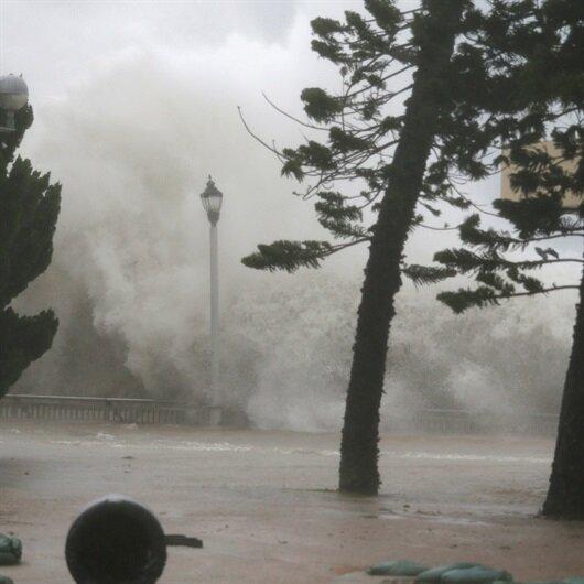 Filipinler, Hong Kong ve Çin'i tayfun vurdu