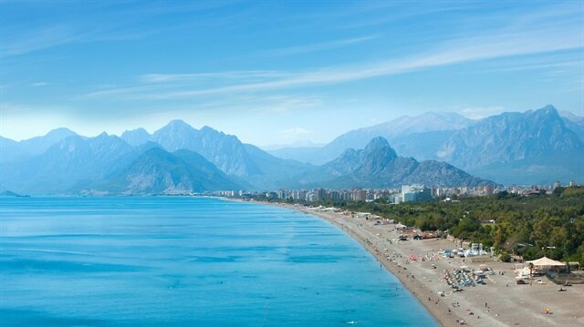 Antalya turizmde 10 milyonu aştı.