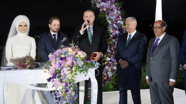 Törende çiftin nikah şahitliğini, Başkan Erdoğan ile TBMM Başkanı Binali Yıldırım yaptı.