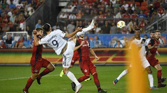 Zlatan Ibrahimovic'ten inanılması güç bir gol daha!