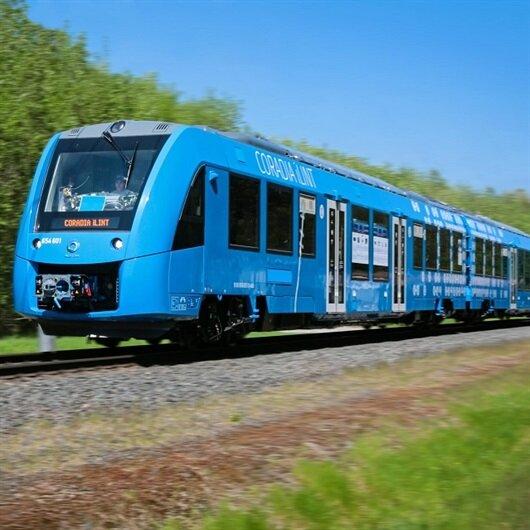 Dünyanın ilk hidrojen enerjili treni 'Coradia iLint' hizmete girdi