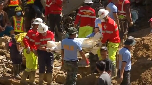 More bodies recovered from massive landslide in northern Philippines