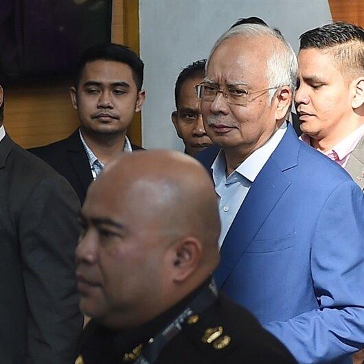 ماليزيا تعتقل رئيس الوزراء السابق نجيب عبد الرزاق