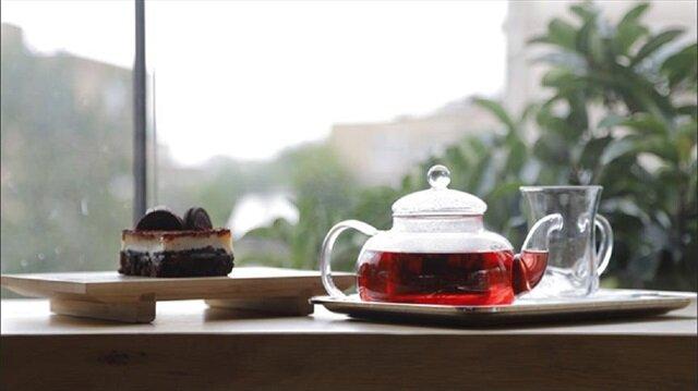 في إسطنبول.. مقهى يبدع 15 مذاقا للشاي