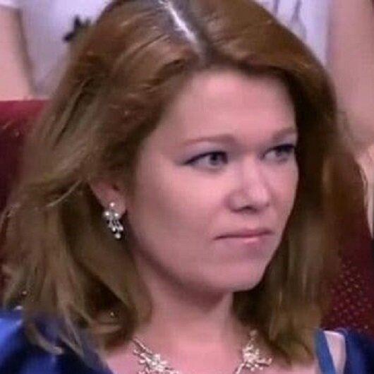 ممثلة روسية شهيرة تفقد أعصابها وتصفع فتاة على الهواء