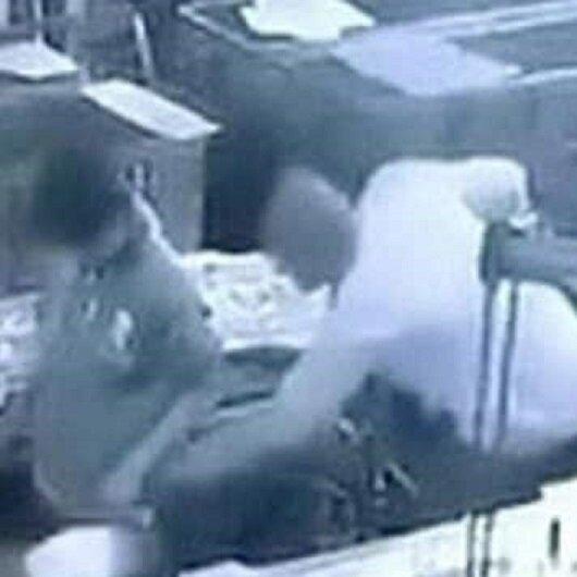 بالفيديو: مدير أراد ممازحة عامل فقتله