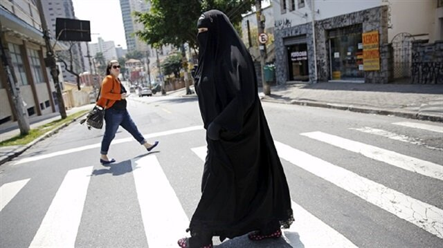 Swiss canton becomes second to ban burqas in public