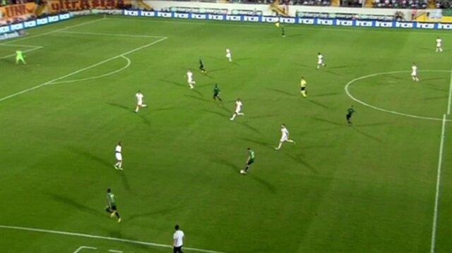 Akhisarspor-Galatasaray maçında ofsayt çizgisi tartışması