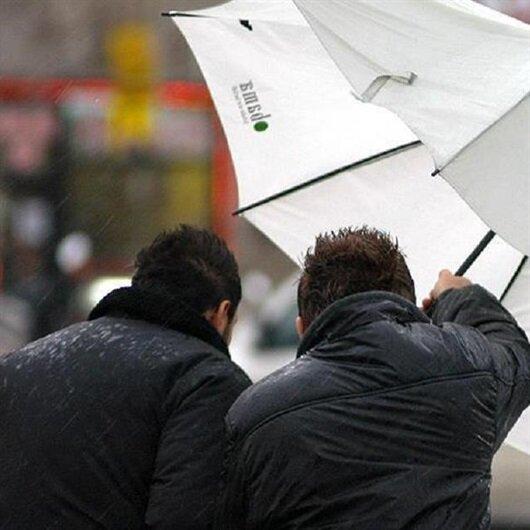 5 ile kuvvetli rüzgar ve fırtına uyarısı