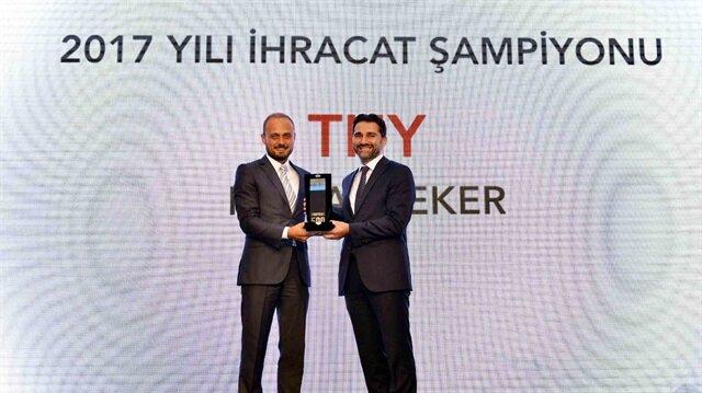 Ödülü THY  Genel Müdür (Mali) Yardımcısı Murat Şeker aldı.