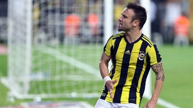 UEFA'nın 'Valbuena' paylaşımı Fenerbahçelileri kızdırdı