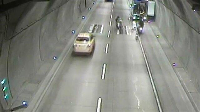 Tüneldeki motosiklet kazası kamerada