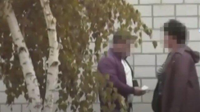 Rusya'da duvarını delen komşularını öldürttü