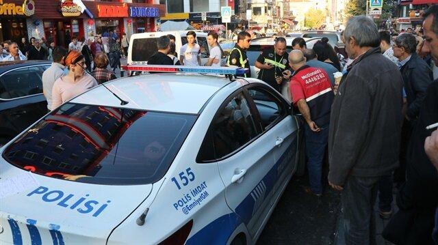 Bakırköy'de dehşet anları: Sürücü aracını yayaların üzerine sürdü
