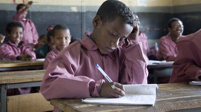 FETÖ Etiyopya'da yardım paralarını iç etti