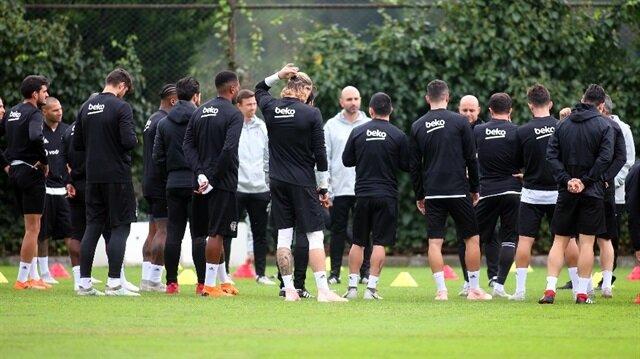 Beşiktaş İsveç'e iki eksikle gitti