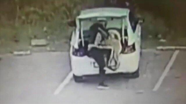 Eve giren hırsızlar köpeği de çaldı