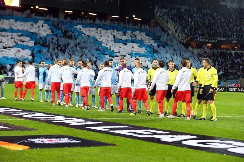 Malmö ve Beşiktaş seremoniye çıkıyor.