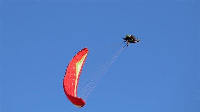 Terörden temizlenen Tuncelide Yamaç Paraşütü Şampiyonası