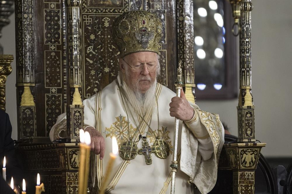Hristiyanların dini bayramlarından olan Paskalya Bayramı dolayısıyla Aya Yorgi Patrikhane Kilisesi'nde ayin düzenlendi.