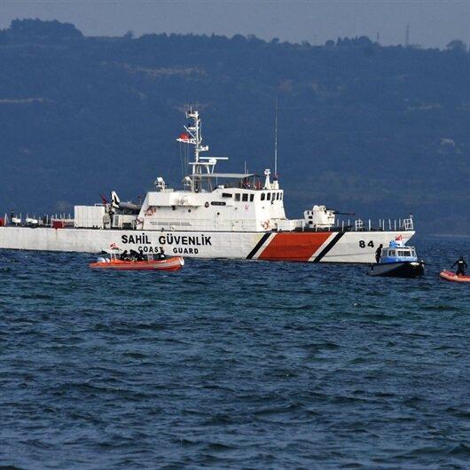 Denizin ortasında gerçeğini aratmayan uçak kazası tatbikatı