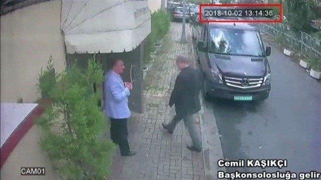 Cemal Kaşıkçı, 2 Ekim'de İstanbul'daki Suudi Arabistan Başkonsolsluğu'na girerken böyle görüntülenmişti