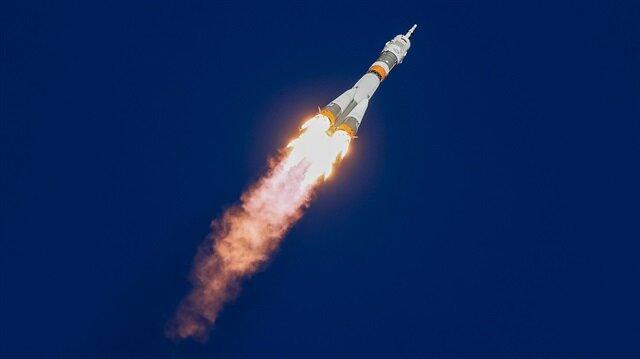 Soyuz roketi fırlatılırken kaza meydana geldi
