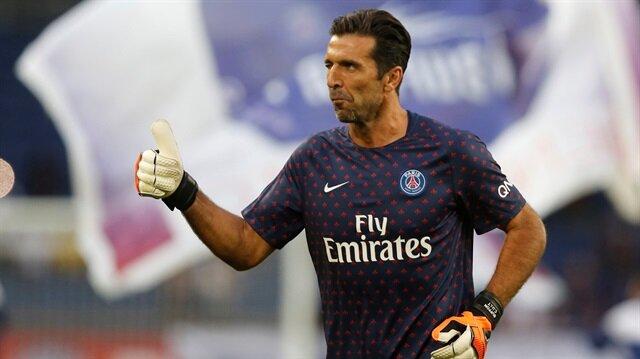Dünya futbolunun en önemli kalecileri arasında yer alan Buffon, kariyerine PSG'de devam ediyor.