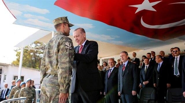 Cumhurbaşkanı Erdoğan Uzman Erbaşlara diplomaları verdi