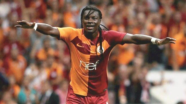 Gomi Galatasaray formasıyla çıktığı 42 maçta 32 gol kaydetti.