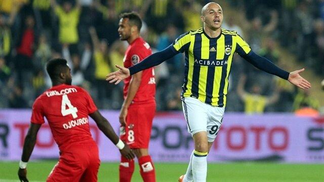 Aatif Chahechouhe, Fenerbahçe'de çıktığı 70 resmi maçta 14 gol attı 7 de asist yaptı.