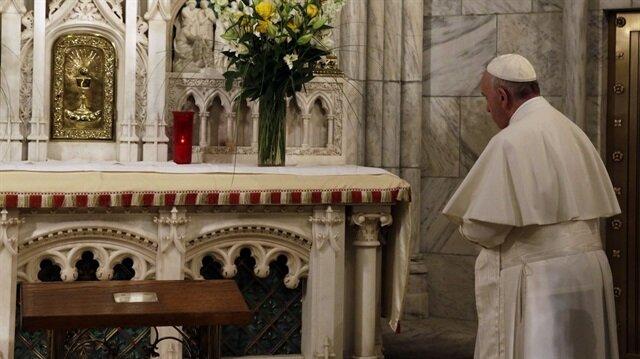 Katoliklerin ruhani lideri Papa Franciscus
