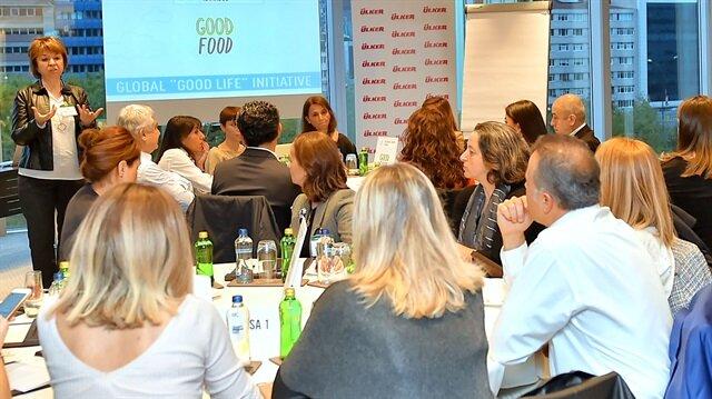 'İyi Gıda' çalıştayına, STK ve özel sektör temsilcilerinin yanı sıra akademisyen ve diyetisyenler katıldı.