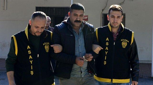 Eşini 9 yerinden bıçaklayan ve 41 yılla ilk yargılanmasına başlanılan şahıs, son mahkemede serbest bırakıldı.