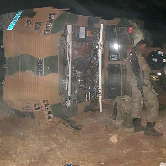 Askeri araç devrildi: 12 yaralı