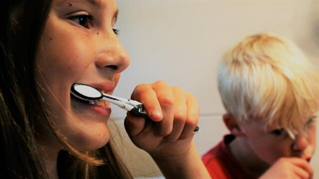 Uzmanlar çocuklarda diş sağlığına ilişkin doğru bilinen yanlışları açıkladı.