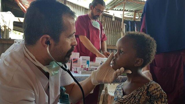 Sağlık Bakanlığı tarafından yapılan açıklamaya göre yurt dışında 22 bin 874 hastaya yardım eli uzatıldı.