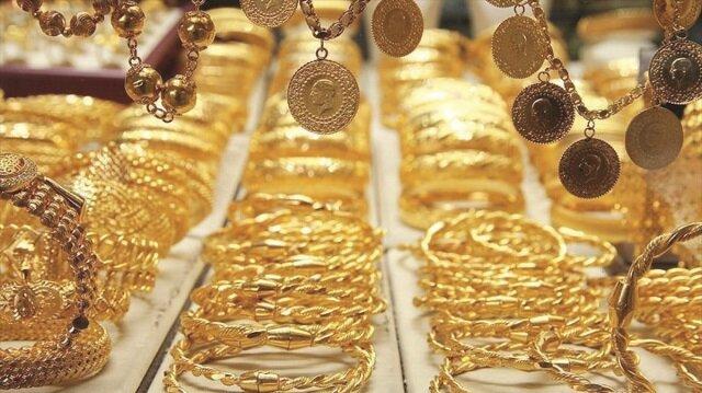 İKO Başkanı Atayık: Yurtdışından gelenlerin yanlarında 2 kiloya kadar altın getirmesine izin verelim