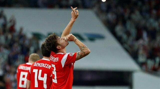 Neustadter gol attı sevinci tepki çekti