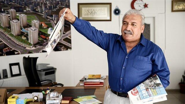 """Meydanlarda gazete satan son kuşaktan Sami Çetinel,""""Yazıyor, yazıyor..."""" diye bağırdığı günleri özlediğini söyledi."""