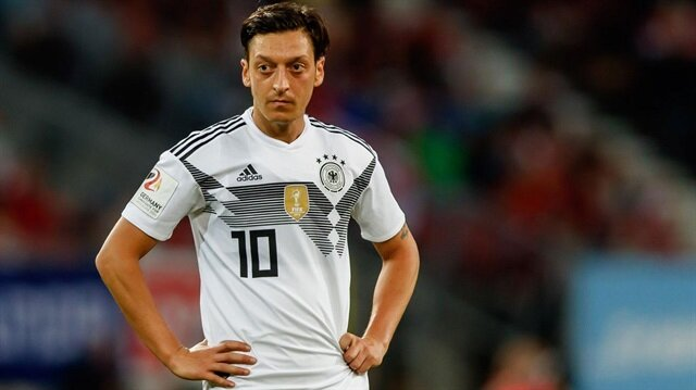 Almanlar Mesut Özil'in doğum gününü kutladı