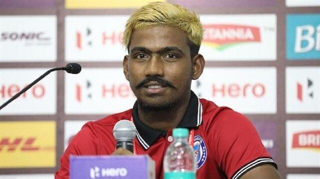 Hintli futbolcunun yaşı olay oldu